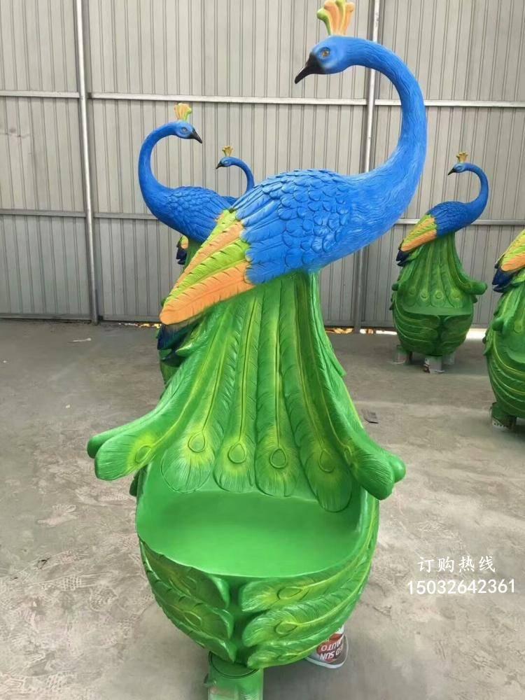 凤凰座椅雕塑厂家 动物美陈小品 玻璃钢凤凰座椅雕塑