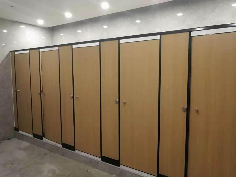 欧式公共厕所门