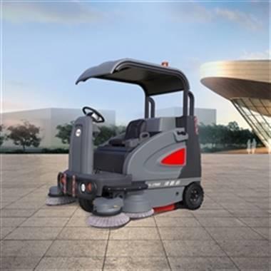 S1900领路者扫地车,高美智慧型驾驶式扫地车