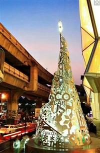 圣诞狂欢节圣诞树出租圣诞老人