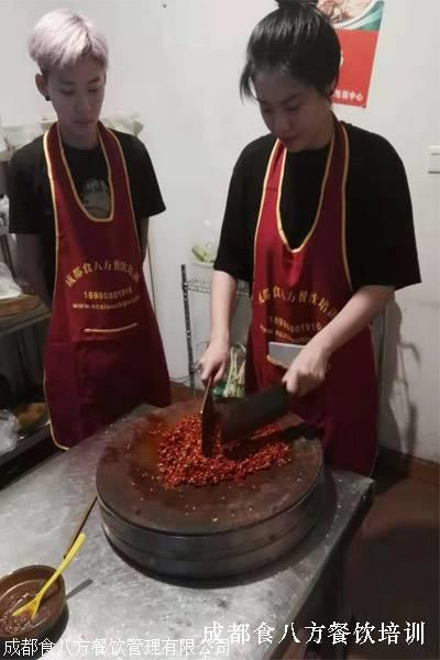 哪家的烤鱼烧烤培训比较专业