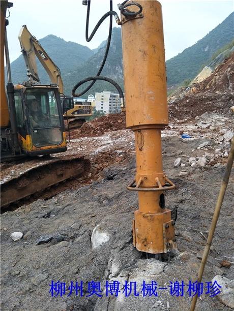 广西柳州奥博大型劈裂机