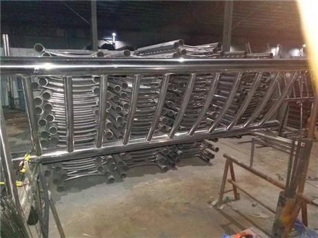 安徽不锈钢立柱厂家
