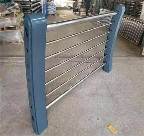 重庆不锈钢立柱厂家价格