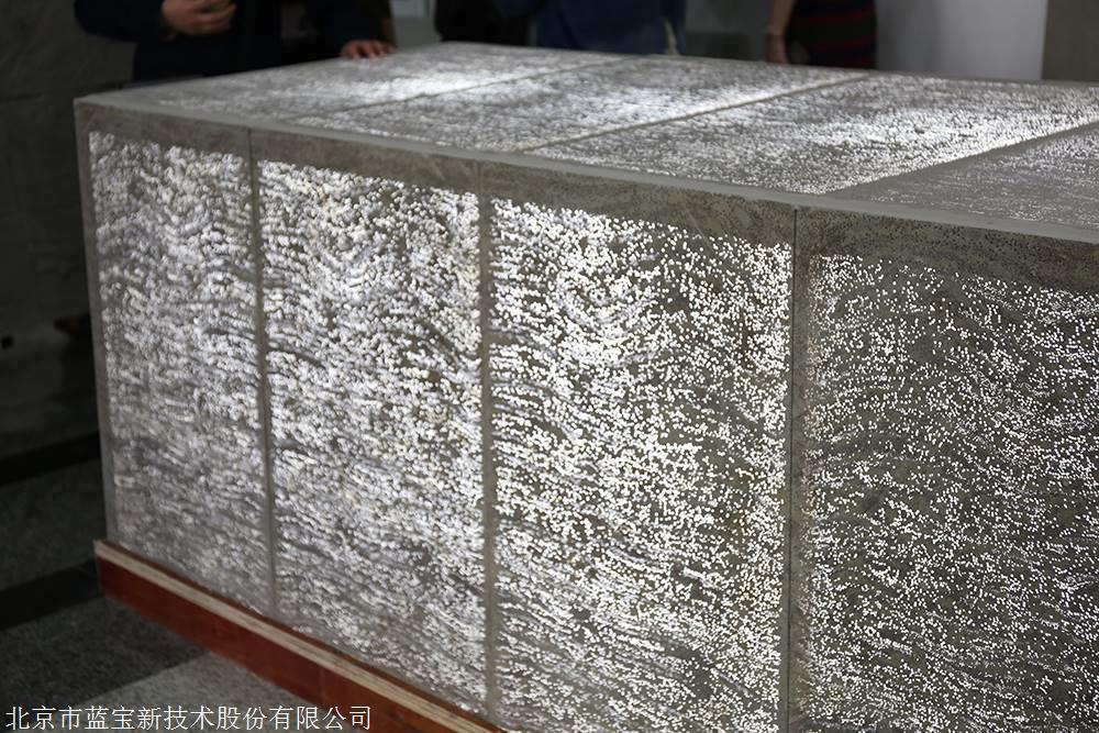 藍寶透光混凝土板及透光水泥制品