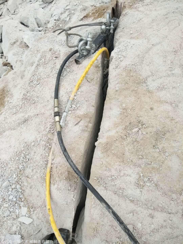 銅川巖石劈裂機價格