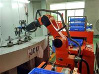 機器人自動上下料噴砂機