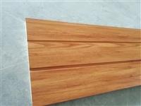 仿木纹保温装饰板 木屋保温板 金属压花木纹板