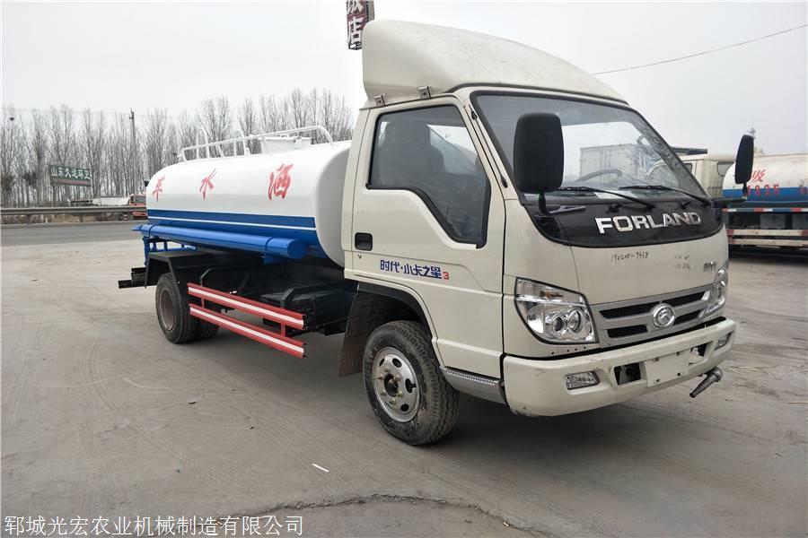 小型洒水车价格 北京三轮洒水车厂家