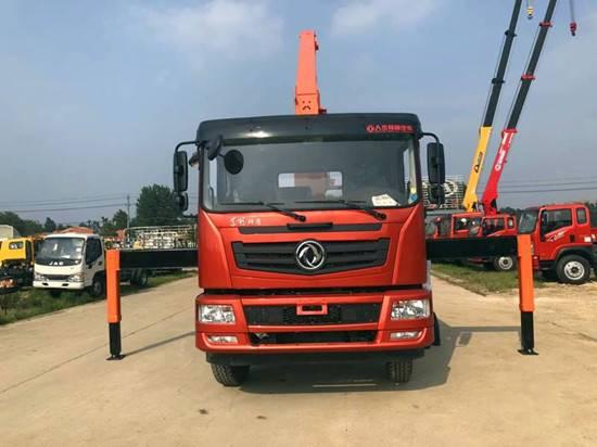 东风新飞工10吨5节直臂式随车吊质量怎么样/厂家直销多少钱