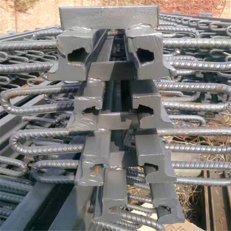 gqf-c40型桥梁伸缩缝A晋城市gqf-c40型桥梁伸缩缝厂家