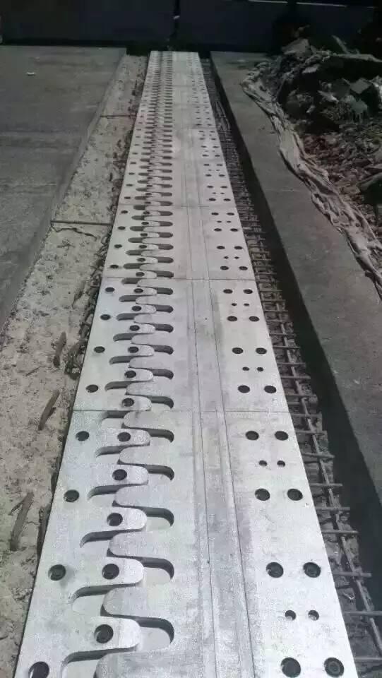 D40型桥梁伸缩缝厂家A唐山市D80型桥梁伸缩缝批发零售