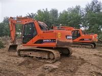 150挖掘機出租一天多少錢啊 南寧江南區那里有勾機 挖土石方機械