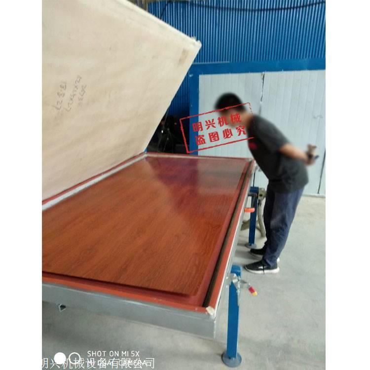 货架层板木纹转印机 使用厂家调试现场