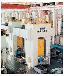 济南第二机床厂-JE31-2000型闭式单点单动压力机