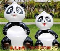 熊貓座椅雕塑,公園玻璃鋼卡通座椅雕塑,玻璃鋼雕塑廠家