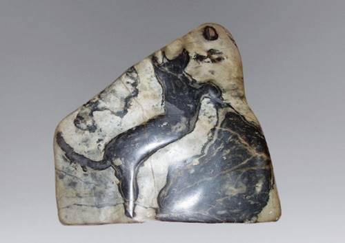 00万---成交日期:2017年6月30日    藏品名称:动物奇石摆件   估价91.