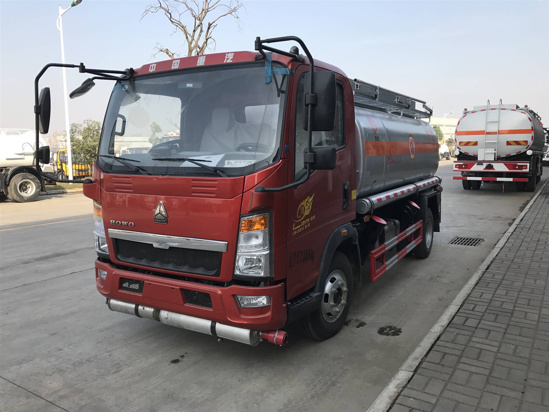 流动加油车厂家直销全国送达,车到付款