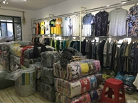 回收羽绒服价格,广州高价回收库存服装尾货