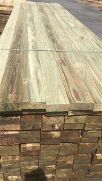 菠萝格防腐木木材 菠萝格属于什么档次