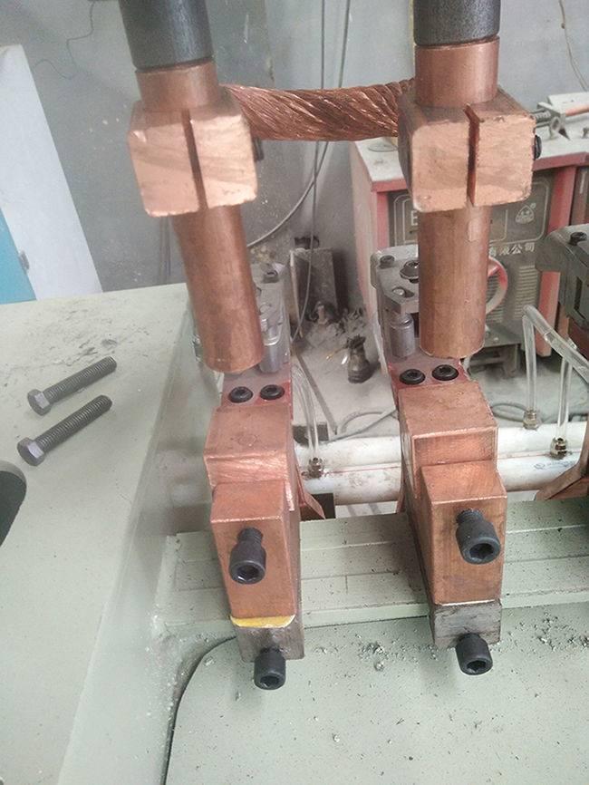 新闻资讯_云南煤矿钢筋网排焊机网片焊接技术一流:新闻资讯