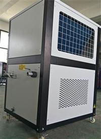 风冷式冷水机类型