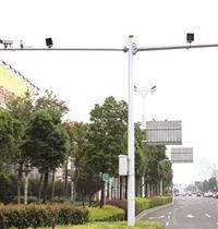 扬州双悬臂监控杆 双悬臂监控杆厂家 扬州监控杆厂家 豪纬交通