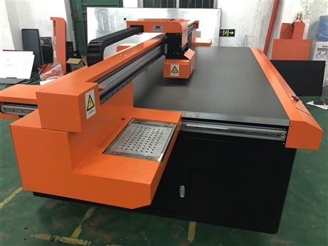 山东uv平板打印机  亚克力打印机包装盒打印机