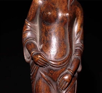 木雕沉香擺件鑒定特點和現 金交易價格