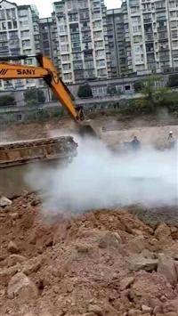 2020新款水陸挖掘機出租服務百姓