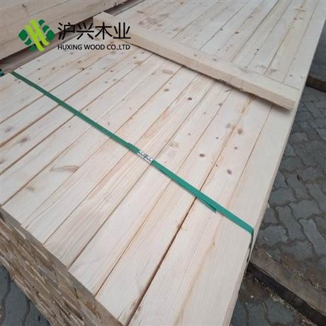 木方怎么算价格 厂家直销有花旗松 木方批发工程方木木方单价