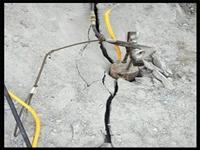 花岗岩炮锤打不动矿山开采浙江金华-劈石设备厂家
