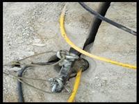 挖建地下室破硬石頭的機器山東煙臺-劈石設備廠家
