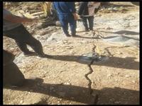 液壓裂石機器自貢-裂石設備廠家