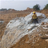 黑龙江绥化深基坑开挖岩石破裂器