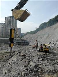 湖南沅江挖基坑破石头机器裂石机