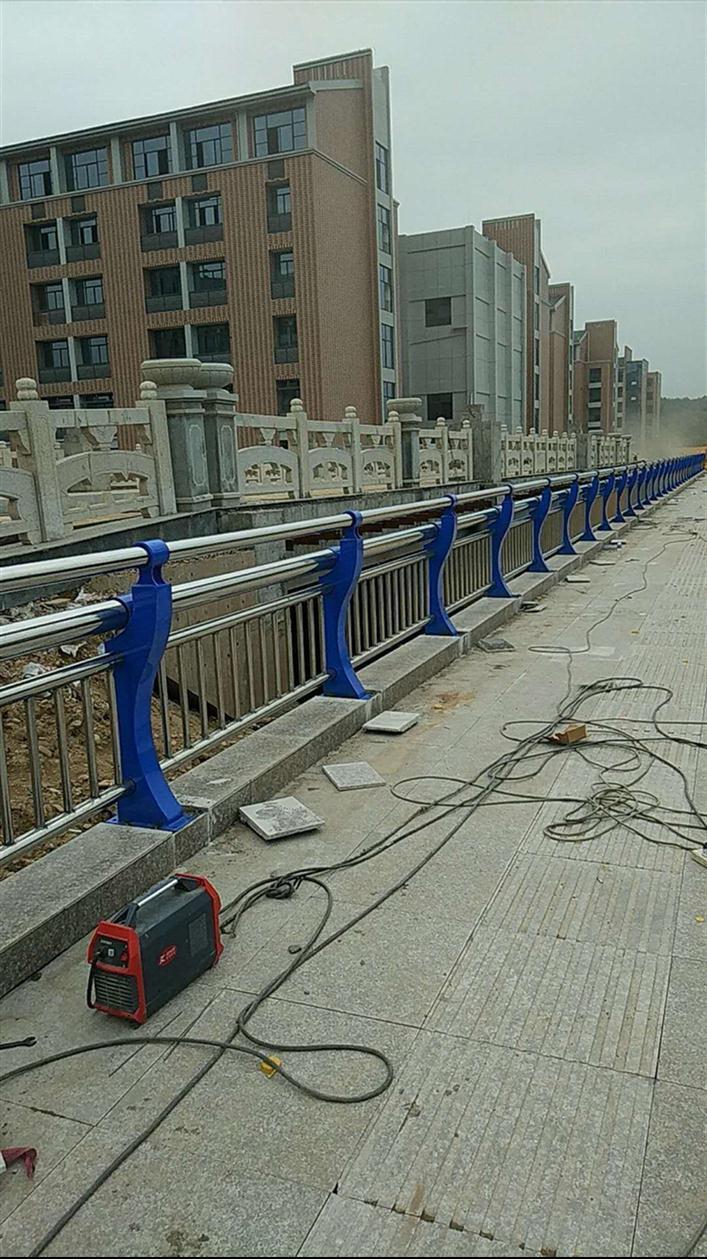 浙江不锈钢桥梁护栏价格
