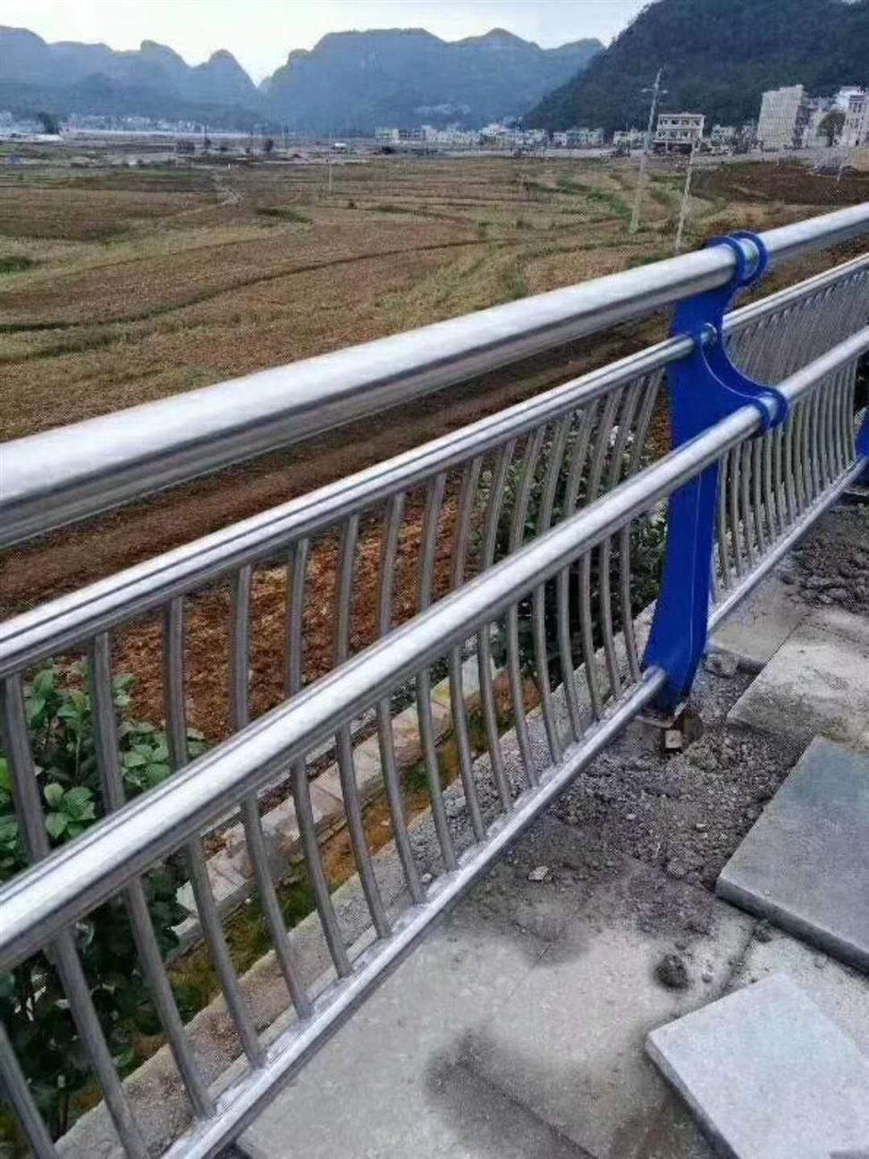 不锈钢桥梁护栏费用