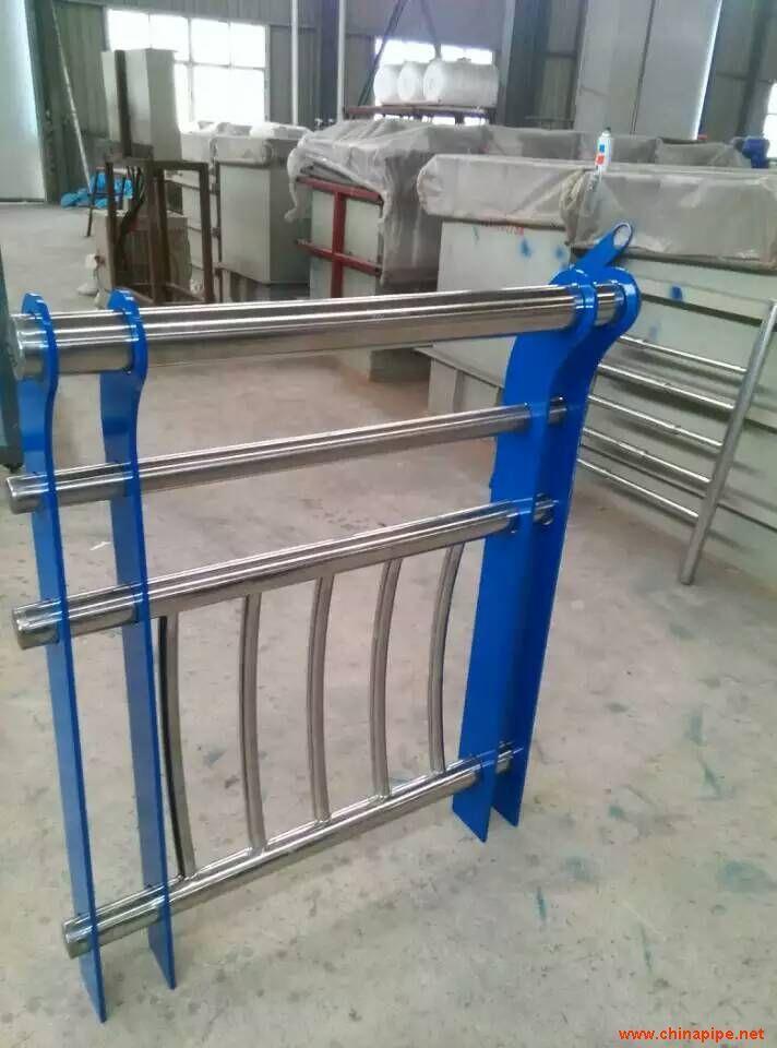 北京不锈钢桥梁护栏加工