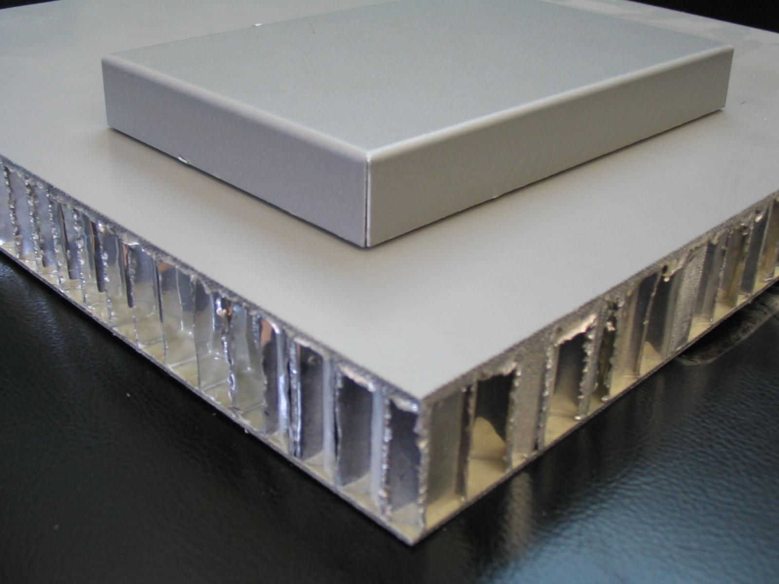 超薄石材铝蜂窝板批发 卓越设计自由度的铝蜂窝板