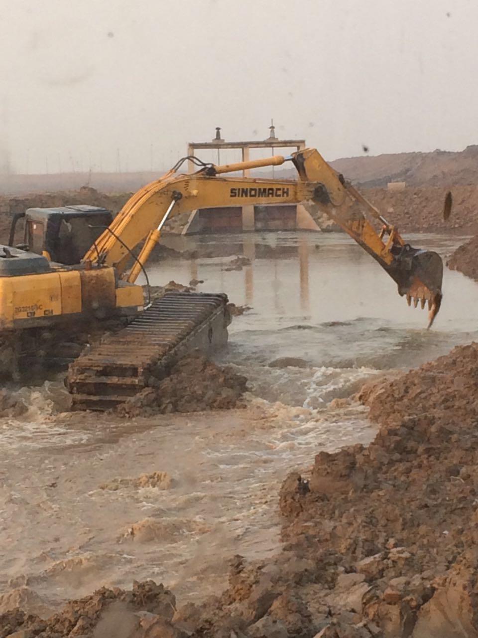襄阳水上挖机出租多少钱